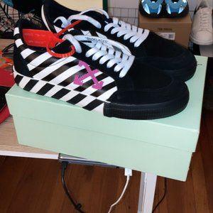 "Off-White Vulc Low ""Violet"" Sneakers w Box"